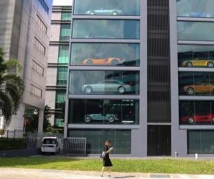 アリババ、自動車の「自動販売機」を2018年リリース予定