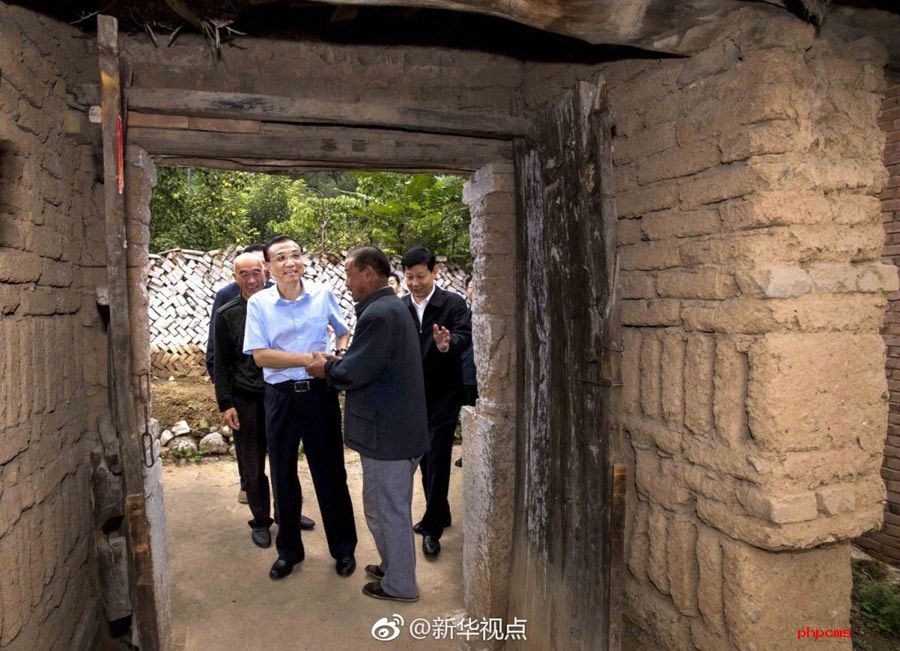 李克強総理が太行山間部で貧困者支援を視察