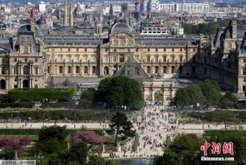 资料图:法国巴黎香榭丽舍大道。